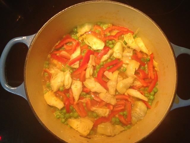 Veggie Paella in Dutch Oven
